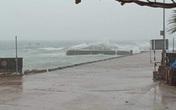Tin khẩn cấp bão số 13: Đổ bộ từ Hà Tĩnh đến Quảng Nam, Lý Sơn đã mất điện hoàn toàn, gió giật cấp 12
