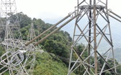 Công ty Truyền tải điện 3 sử dụng thiết bị bay không người lái kiểm tra lưới điện truyền tải