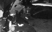Xe máy đâm cột điện, nam sinh tử vong tại chỗ