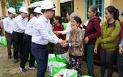 Tổng Giám đốc EVNNPT thăm, trao quà hỗ trợ nhân dân miền Trung và kiểm công tác khắc phục hậu quả mưa lũ|