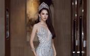 Hoa hậu Tiểu Vy mặc váy nặng 40 kg