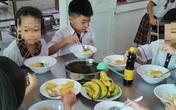 Hiệu trưởng nói gì về bữa ăn chỉ có trứng và canh?