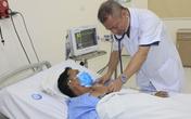 Hà Nội: Đang lái xe đưa đón học sinh, tài xế lên cơn nhồi máu cơ tim