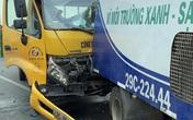 Ô tô cứu hộ tông xe hút rác trên cầu Nhật Tân khiến tài xế tử vong