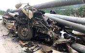 Quảng Ninh: Đâm vào dải phân cách, tài xế container bị cột điện bê tông đè tử vong