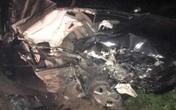 Va chạm với container: Hai người đi ô tô tử vong, xe hư hỏng nặng