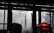 """""""Bà hỏa"""" thiêu rụi ngôi nhà gỗ 3 gian ở Hà Tĩnh"""
