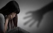 Nữ sinh chấn thương tâm lý sau khi bị bạn sàm sỡ, quay clip