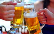 """Uống bia thì đừng động đến loại thức ăn này kẻo bệnh Gout sẽ đến """"thăm"""" bạn sớm thôi"""