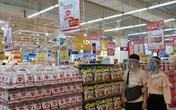 Thực phẩm phủ đầy kệ siêu thị, người dân không lo thiếu hàng khi bắt đầu vào cao điểm dịch COVID-19