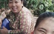 Nữ sinh mồ côi cha lăn lộn kiếm tiền từ năm 11 tuổi, rơi nước mắt khi trường giảm học phí