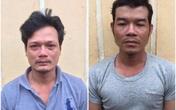 2 người say hối hận sau khi đánh công an ở chốt kiểm dịch