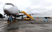 Chuyến bay đặc biệt chở hơn 300 chuyên gia Công ty Samsung Việt Nam được đón như thế nào?
