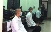 Tấn công tổ công tác phòng dịch COVID-19, 4 thanh niên lĩnh 30 tháng tù