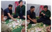 Công an triệu tập Chủ tịch UBND xã ở Hà Tĩnh tham gia đánh bạc lấy lời khai