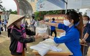 """""""Cây ATM gạo"""" ấm lòng người nghèo trong đại dịch COVID-19 ở Thanh Hóa"""