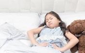 Con 6 tuổi vào viện cấp cứu, bố mẹ mới tá hỏa biết con bị viêm dạ dày vì thói quen ăn uống này