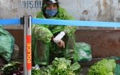 """Hà Nội vẫn chống dịch rất """"căng"""" ở các chợ dân sinh"""
