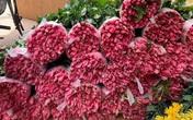 Hoa tươi tăng giá gấp 4 lần, buổi sáng bán gần 2.000 bông