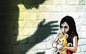 Vụ bé gái 3 tuổi tử vong nghi bị mẹ đẻ, bố dượng bạo hành: Khởi tố vụ án giết người