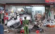 Nữ tài xế đạp nhầm chân ga đâm vào chợ dân sinh khiến nhiều người bị thương