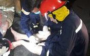 31 lính cứu hỏa bị axit văng vào người, mắt trong vụ cháy khu chế xuất