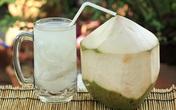 Dù có thích mê nước dừa nhưng chị em cần phải biết điều này, chuyên gia chỉ rõ 4 công dụng tuyệt vời của nước dừa trong ngày nắng nóng
