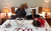 """Xúc động câu chuyện tình yêu của cặp đôi U80: Xa nhau là """"em nhớ anh không ngủ được"""""""