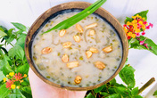 Chè đậu xanh nấu nước cốt dừa