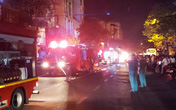 Sau 3 tiếng cháy dữ dội, ngôi nhà 2 tầng đổ sập ở Đà Nẵng
