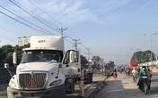 Lái xe container đỗ lên vỉa hè, cuốn chết nữ công nhân