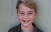 Hoàng tử George cười tươi trong ảnh sinh nhật 7 tuổi