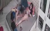 """Hội Bảo vệ quyền trẻ em yêu cầu xử lý người phụ nữ bán khỏa thân để bé trai, bé gái đụng chạm """"nơi nhạy cảm"""""""