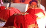 Cô giáo bị bạn đời ly hôn vì tổ chức đám cưới cho bố chồng