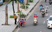Hà Nội: Lòng đường, vỉa hè mua bán nhộn nhịp như họp chợ
