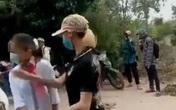 """Thanh Hóa: Cô gái xưng là Thảo """"đại bàng"""" chặn đánh nữ sinh lớp 7"""