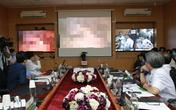 VIDEO: Tận mắt xem chuyên gia BV Việt Đức cùng lúc chỉ đạo từ xa 2 ca cắt túi mật vô cùng khó