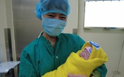 Hà Nội: Giám đốc viện Sản sang viện Tim mổ lấy thai cho sản phụ bị suy tim nặng