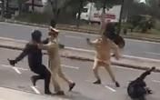 Nam thanh niên cầm côn nhị khúc tấn công CSGT ở Hải Phòng đã vượt đèn đỏ trước đó