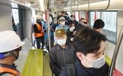 Người dân Thủ đô phấn khích khi lần đầu 'sờ tận tay' tàu điện trên cao tuyến Nhổn - ga Hà Nội