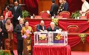 Tổng Bí thư, Chủ tịch nước Nguyễn Phú Trọng và Thủ tướng Chính phủ Nguyễn Xuân Phúc trúng cử Ban chấp hành Trung ương khoá XIII