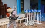 TP.HCM: Trường học dừng hoạt động lễ hội Tết, phun khử khuẩn phòng chống COVID-19