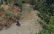 Tìm thấy thi thể bé trai 7 tuổi dưới con suối sau nhà