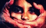 Mẹ và con gái bị cưỡng hiếp