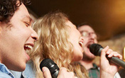 Hát karaoke sau 0h có thể bị phạt tiền
