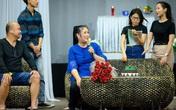 NSND Hồng Vân phản hồi thông tin đóng cửa sân khấu Phú Nhuận