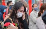 Ảnh: Nữ sinh Sư phạm khóc nức nở, từ TP.HCM ra Hà Nội tiễn người yêu lên đường nhập ngũ