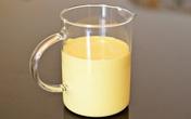 Sữa non là gì? Thành phần và lợi ích của sữa non có gì đặc biệt