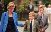 Nhà Harry và William đều tưởng niệm Diana nhân Ngày của mẹ