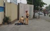 Hà Nội: Xin bỏ qua vi phạm không thành, tài xế say rượu đấm thẳng mặt cảnh sát giao thông
